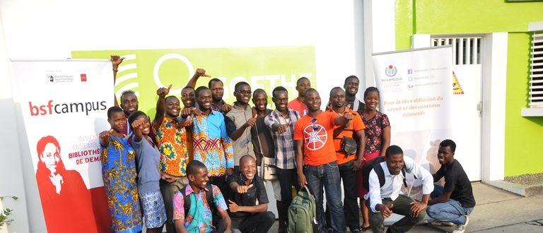 Photo de famille #Wikiciv à l'Institut-Goethe d'Abidjan.